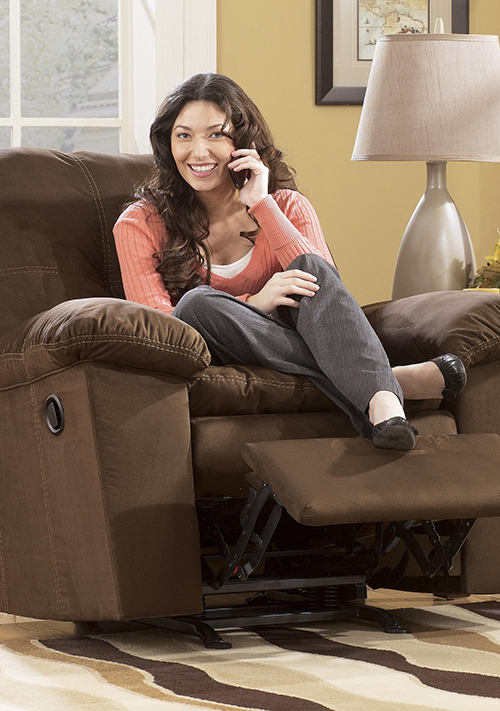 Charmant Casual Recliner Chair